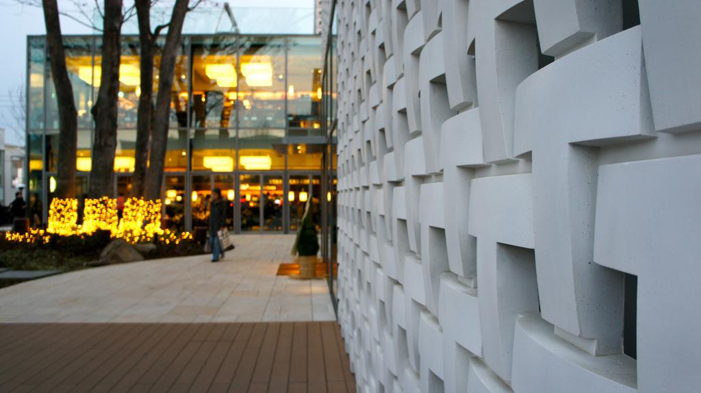 牆面都設計成T的形狀 圖片取自https://www.flickr.com/photos/hazuijunpei/6612696625/