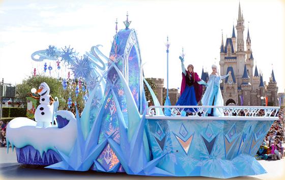 2015迪士尼聖誕節,圖片取自官網。